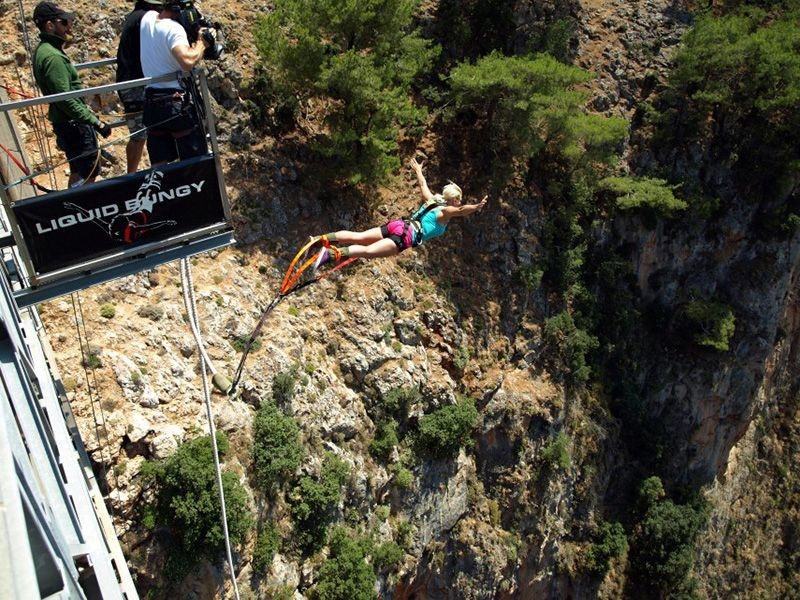 Bungee jumping from the bridges in Crete